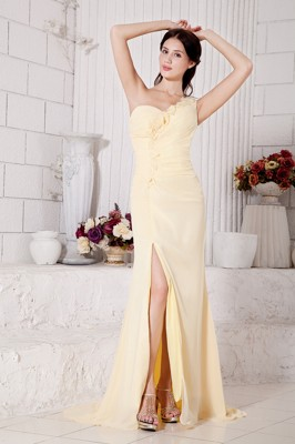 Light Yellow Party Dresses