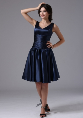 V-neck Empire Ruched Navy Blue Bridesmaid Dress