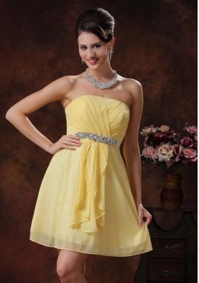 Mini-length Yellow Chiffon Bridesmide Dress Ruched Beaded