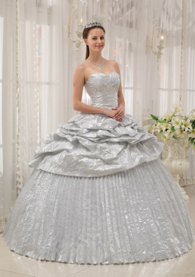 Pleated Silver Sweetheart Floor-length Strapless Quinceanera Dress