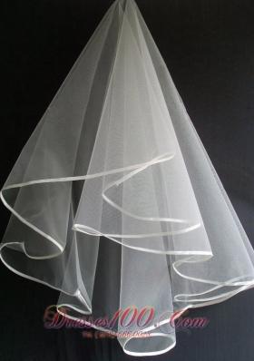 Simple and Elegant Tulle Wedding Veils