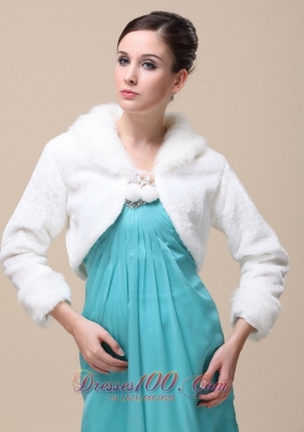 Fox Fringed Fur Winter Wedding Shawl Ivory High-neck