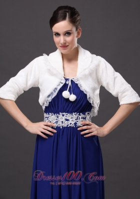 V-Neck Half-Sleeves Faux Fur Wedding Party and Prom Jacket
