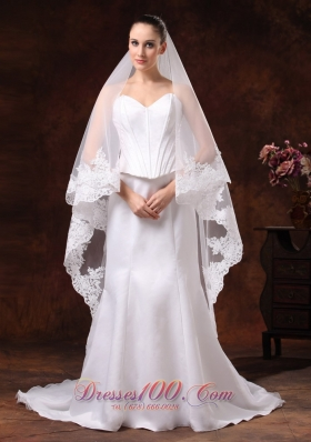 Two Layers Tulle Lace Applique Edge Graceful Wedding Veil