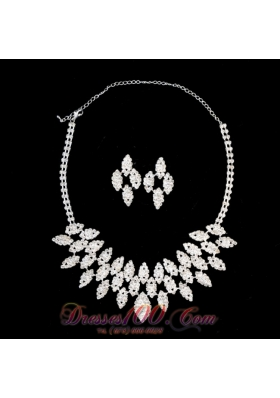 Alloy Rhinestones Necklace and Earrings Jewelry Set
