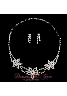 Flower Shaped Rhinestone Wedding Necklace and Earrings