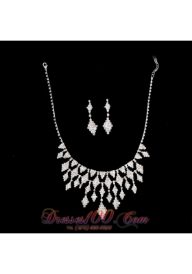 Rhinestone Alloy Silver Plated Necklace and Earrings