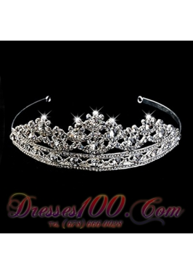 Rhinestone Tiara With Splendid Carve Patterns