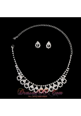 Alloy With Rhinestone Women's Necklace and Earrings