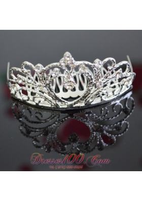 Rhinestone Vintage Style Wedding Tiara With Alloy