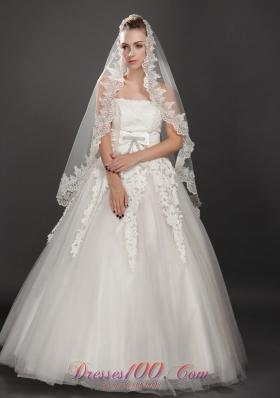 Pearl Trim Edge One-tier Wedding Veils Tulle