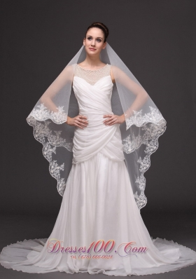 2013 Graceful Wedding Veil Tulle Laced