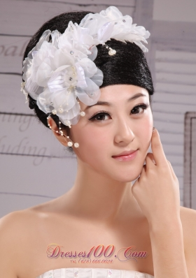 Headpiece White Pearls Large Flowers