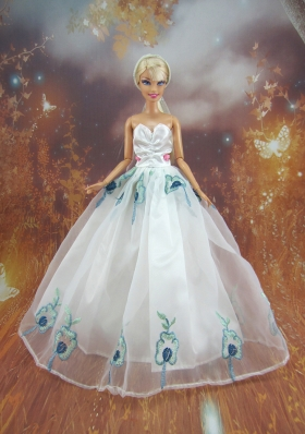 Embroidery White Prom Barbie Doll Dresses