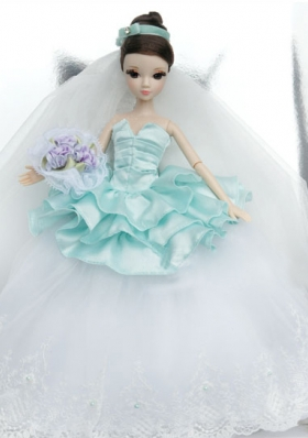 Wedding Dress To Noble Barbie With Lace and Ruffles