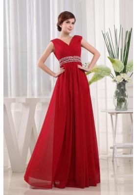 2013 Stylish V-neck Beaded Red Prom Evening Dress Chiffon