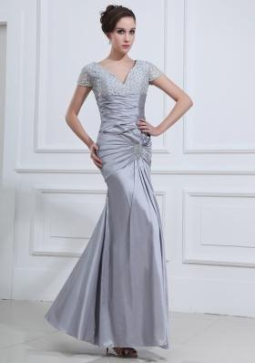 Short Sleeves Prom Dress Grey Mermaid V-neck Beading