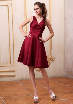 V-neck Burgundy Bridemaid Dress A-line Bowknot