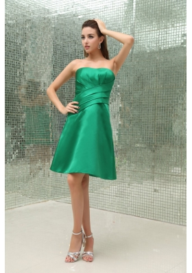 Green Strapless Knee-length A-Line Taffeta Bridesmaid Dress