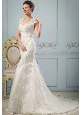 Mermaid 2013 V-neck Wedding Dress With Lace and Beading