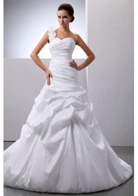 A-line Pick-ups Wedding Gown With One Shoulder Train