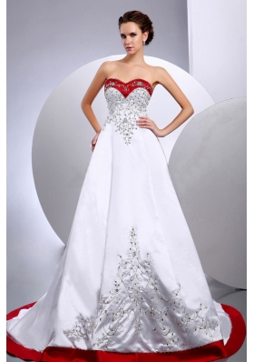 2013 Wedding Dress Embroidery Beading A-line Chapel