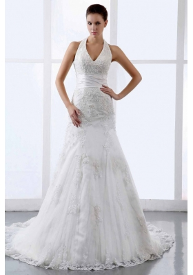 Halter Appliques Tulle Court Train Wedding Dress V-neck