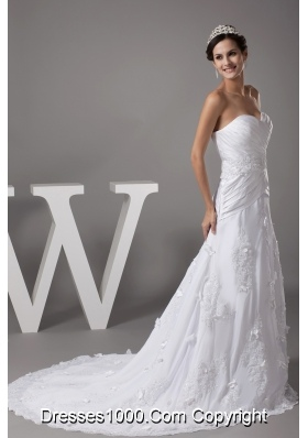 Sweetheart Appliques Designer A-line / Princess Wedding Dress