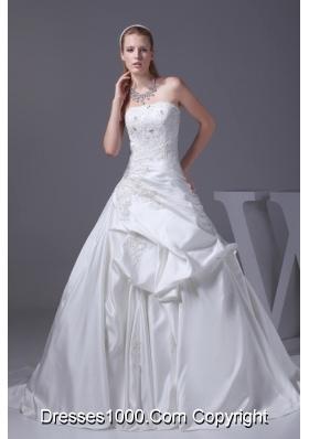 Appliques A-line Court Train Strapless Wedding Dress