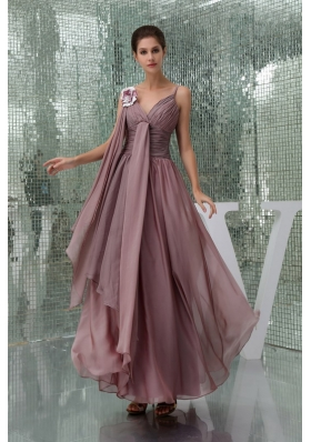 Burgundy Spaghetti Straps Ruching Chiffon Mother of the Bride Dress