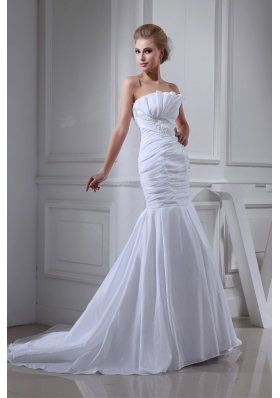 Court Train Strapless Ruched White Wedding Dress with Beading