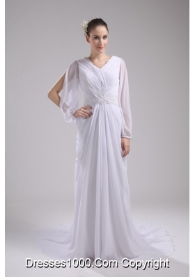 Empire V-neck long Sleeves Chiffon Wedding Dress in Spring