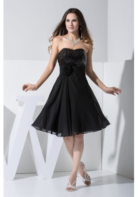 Handle Flowers and Paillettes Decorated Sweetheart Black Prom Dresses