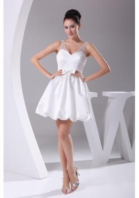 2013 Simple V-neck Bowknot Decorate Waist Short Wedding Dress