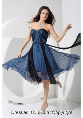 A-line Pleated Two-toned Sweetheart Prom Dress with Bowknot