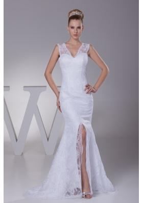Romantic Mermaid V-neck Lace Wedding Dress Online for Sale