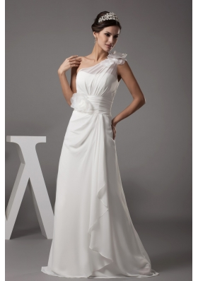 Handle Flowers One Shoulder Wedding Gown with Ruching and Ruffles