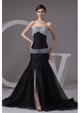 Sweep Train Bodice Sweetheart Prom Dresses with Slit on The Side