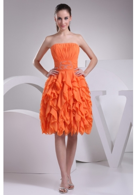 Beautiful Orange Ruched Strapless Knee-length Prom Dress with Ruffles