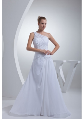 Appliques and Ruching Dedcorated One Shoulder Sheath Wedding Gowns