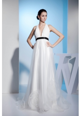 Pretty Halter Top Ruched White Bridal Dresses with the Back Out