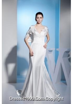 Special Style Beaded V-neck White Bridal Dresses Court Train