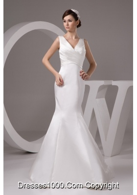 V-neck Mermaid Wedding Dresses in White with Ruche Floor-length