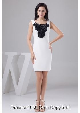 Beading and Black Rolling Flowers Accent Mini Scoop Neck Wedding Dresses