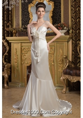 Cream Colored V-neck Mermaid Brush Train Wedding Dresses with Flowers
