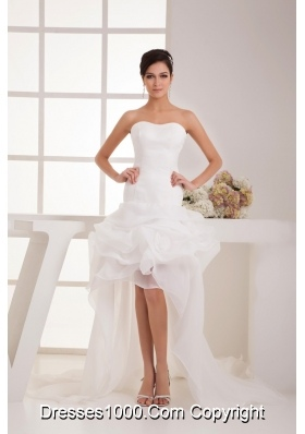 Flowers and Pick-ups Accent High-low Bridal Dresses with Court Train