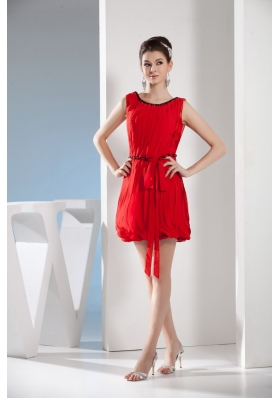 Lovely Red Scoop Mini-length with Slim Sash Decorate Prom Gown Dress