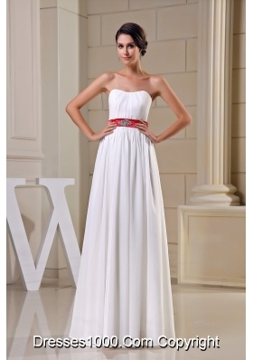 Sweetheart Wedding Dresses in White Decorated with Beading Sash