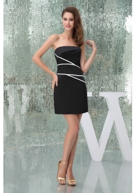 Elegant Satin Black Strapless Prom Dress with White Streak Mini-length
