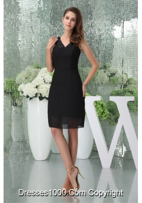 Knee-length Black V-neck Chiffon prom Dresses for 2014 Spring